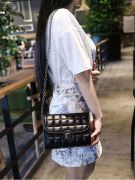 Shoulder Bag with Chain-2
