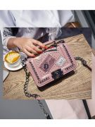 Small shoulder bag with chain-5