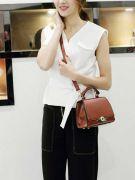 Black handbag-2