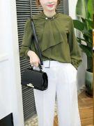 Black handbag-5