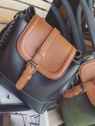 Large shoulder bag with long metal hand-3
