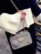 Medium size handbag-4