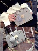 Medium size handbag-5