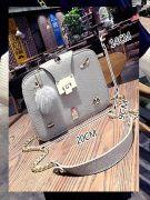 Medium size handbag-6