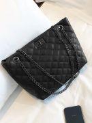 Elegant black bag-2