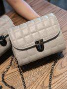 Shoulder Bag with Chain-4
