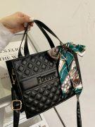 حقيبة يد سوداء  مع وشاح-2