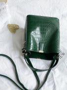 Oil crocodile leather bag-5