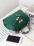 Leather bag with a golden metal clasp medium size-3