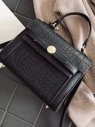 An elegant bag with a snake skin-2