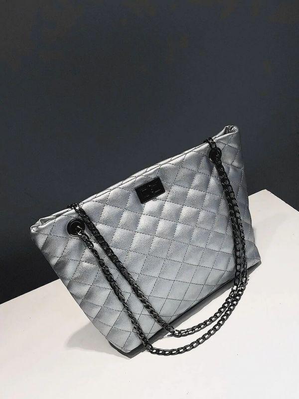 Elegant black bag