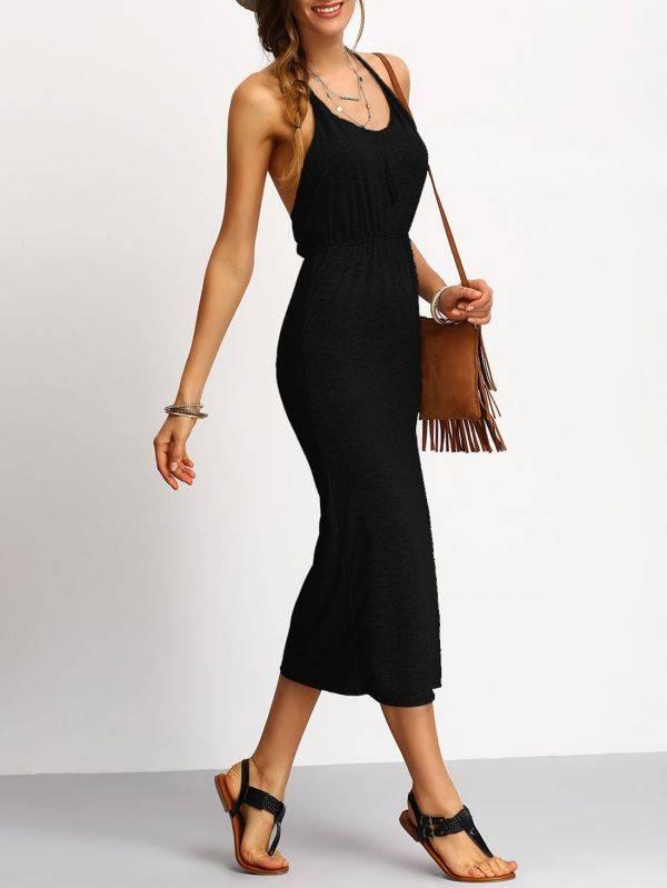 فستان ضيق أسود عاري الظهر
