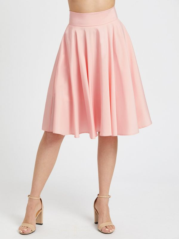 The skirt is ruffled from the pink medium