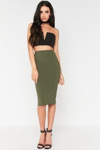 Medium-length tight skirt