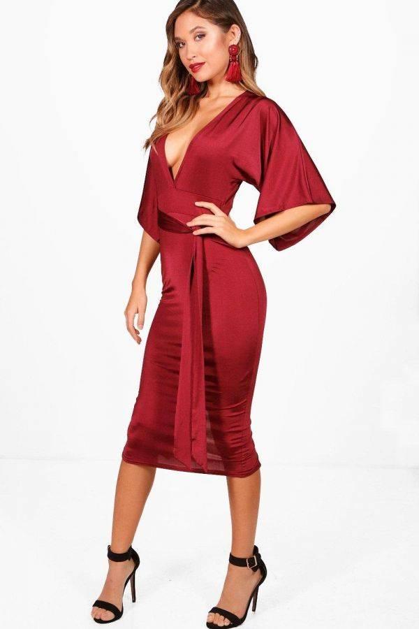فستان وردي متوسط الطول بوهو