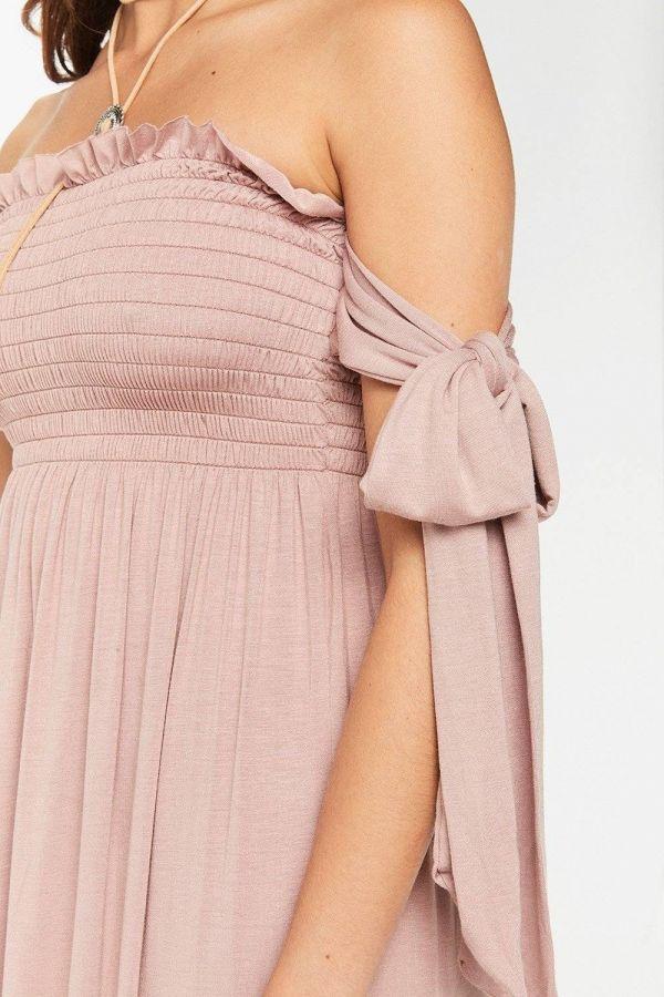فستان وردي ماكسي بدون أكمام
