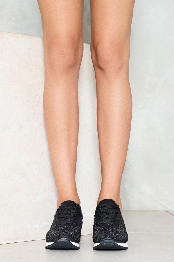 حذاء رياضي اسود-2