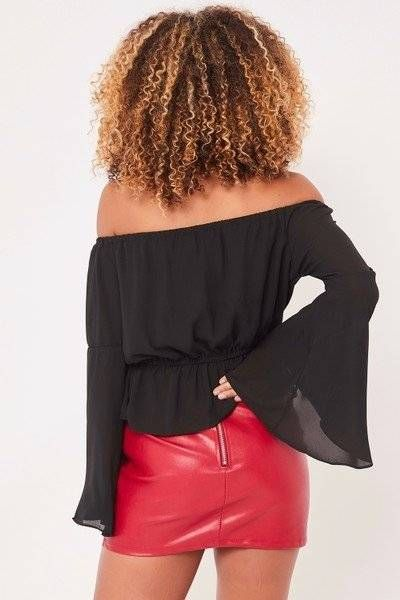 Black blouse with sleeves