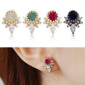 Zirconia earring wreath and colorful pink