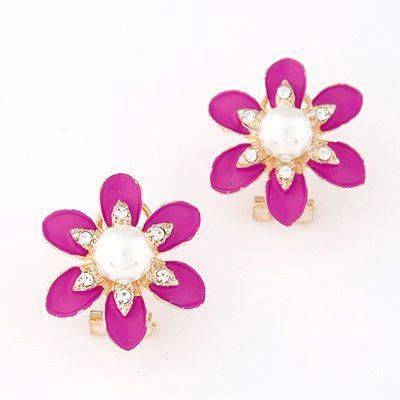 Flower earrings and colored pearls