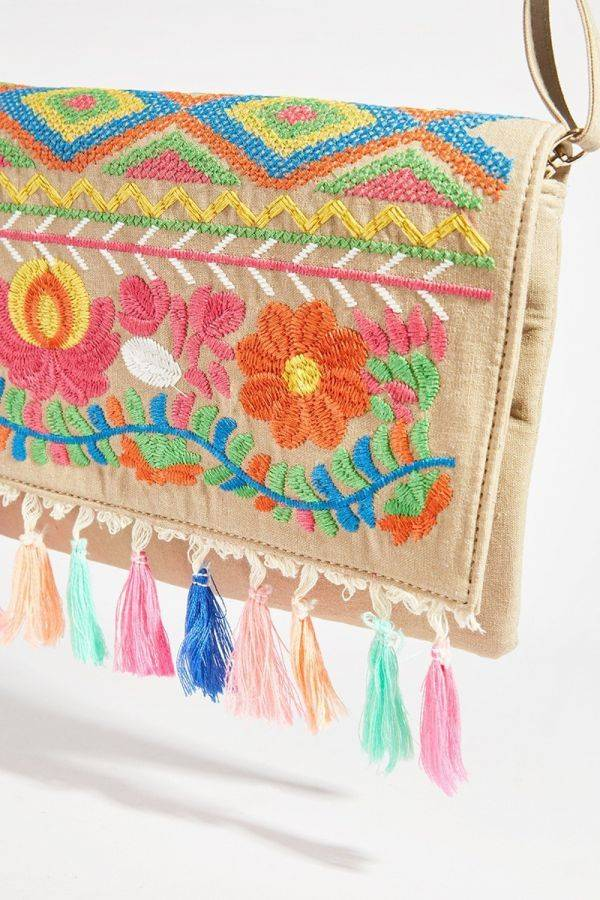 Clutch Lorraine Cream Embroidered