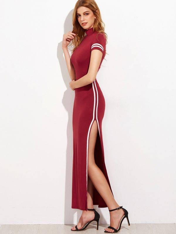 فستان عنابي طويل بفتحة كُم قصير