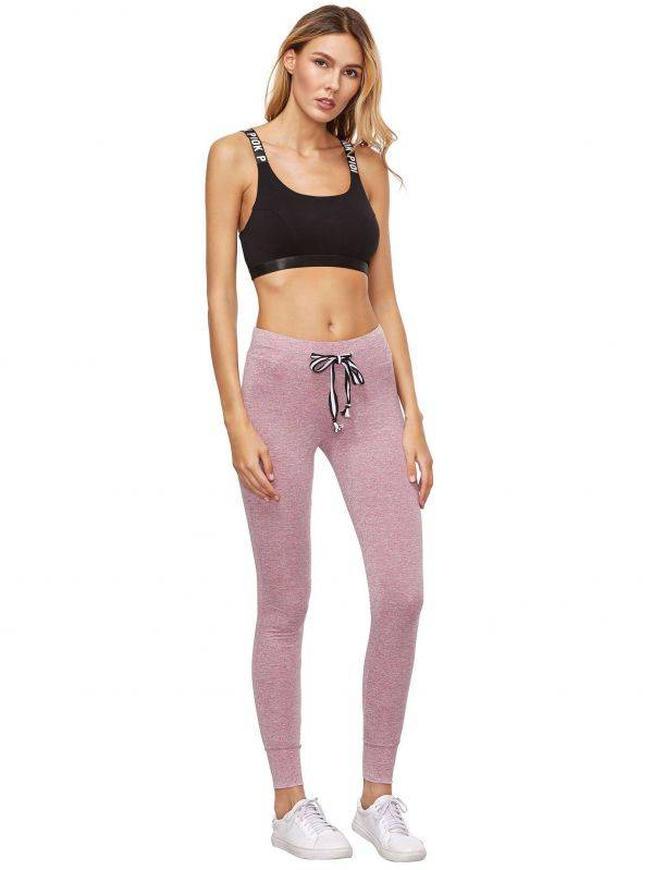 Sport pants with elastic strap on the waist