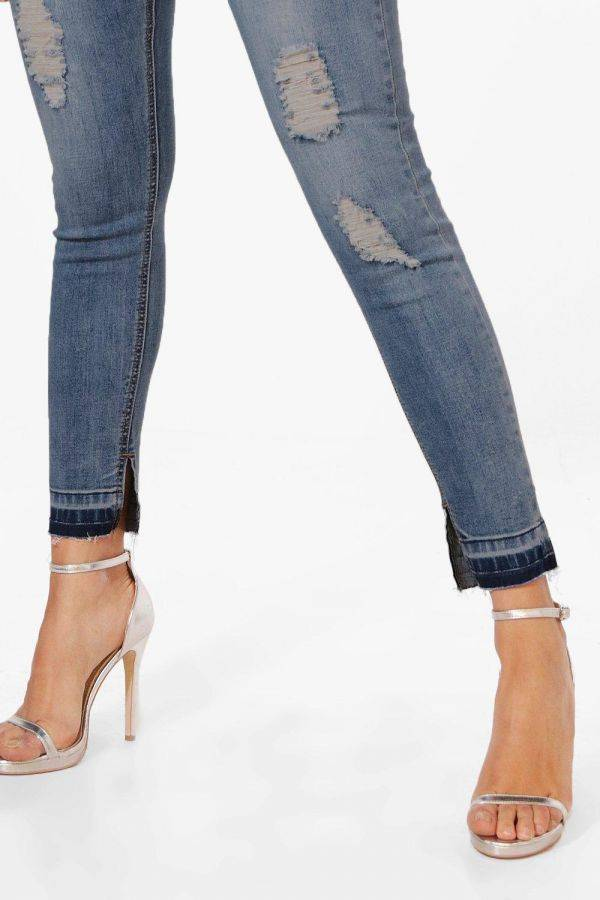 High-heeled tight jeans