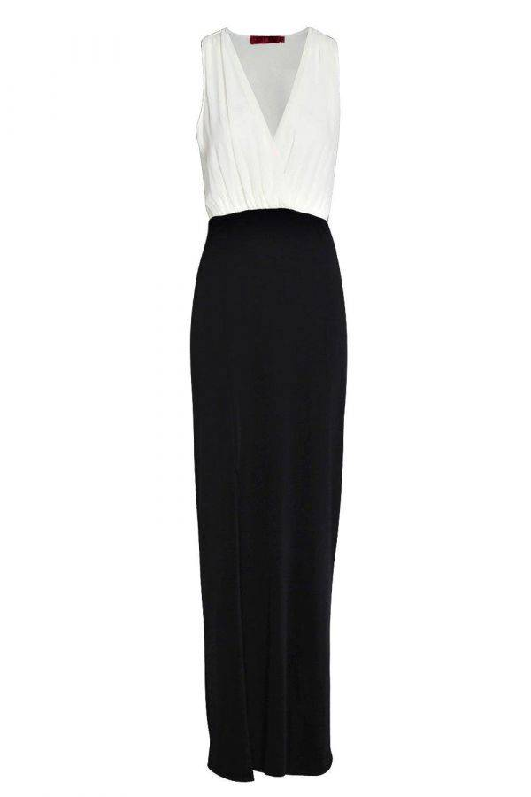 Maxi dress with an opening