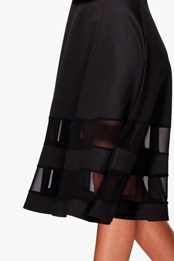 Black dress Medium length with a distinct story