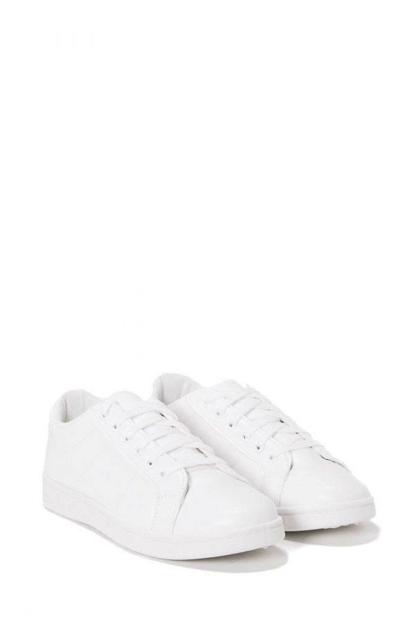 حذاء رياضي ابيض