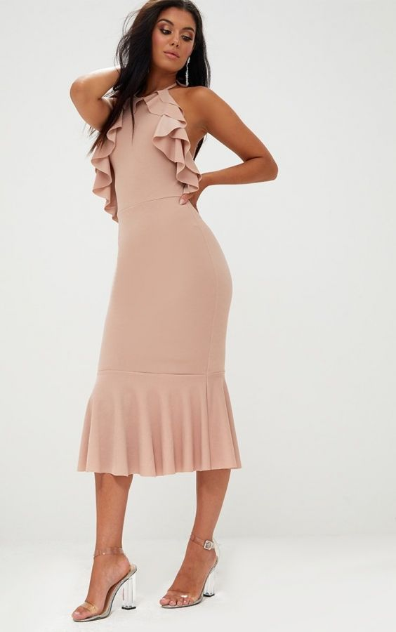 Medium length dress with ruffles