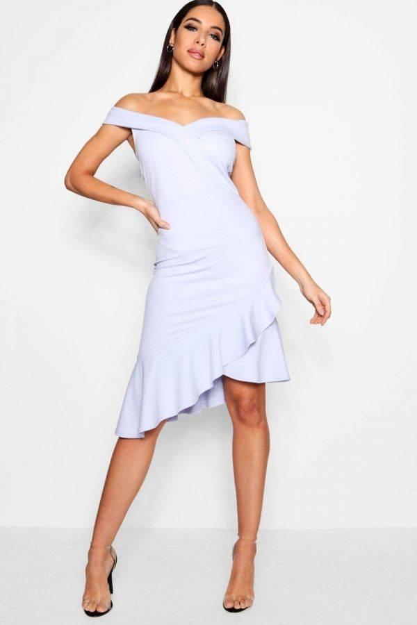 Black dress Medium length with a distinctive story Boho