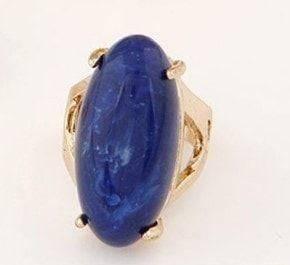 Large stone ring
