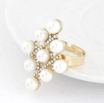 A ring shaped like a bolo