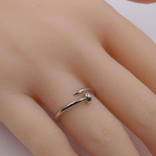 Round rounded nail ring
