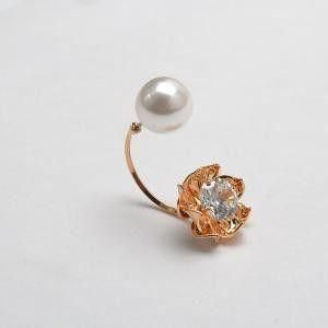 Curve Lulu shone with zircon