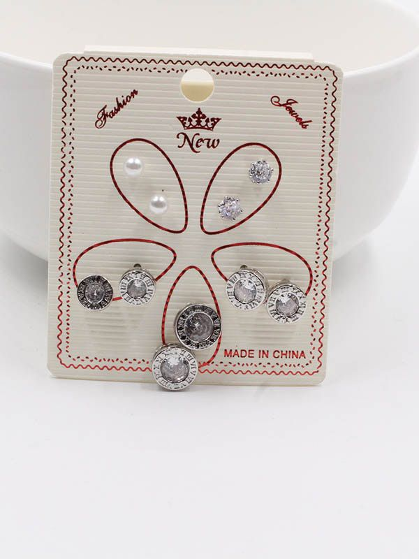 Round zircon earrings