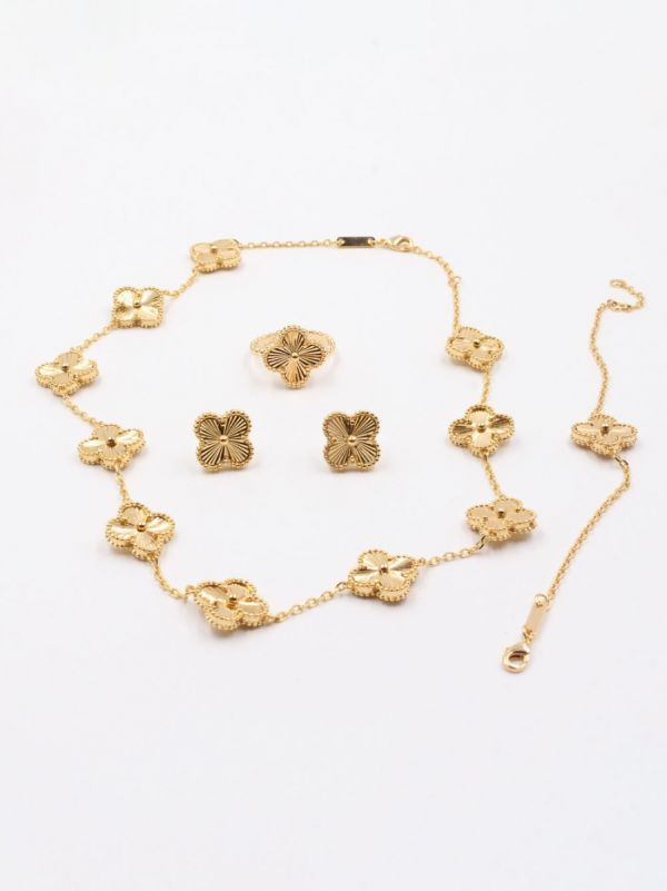 Gold Fancliffe Set
