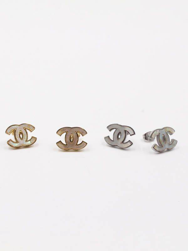 Chanel Seashell Earring