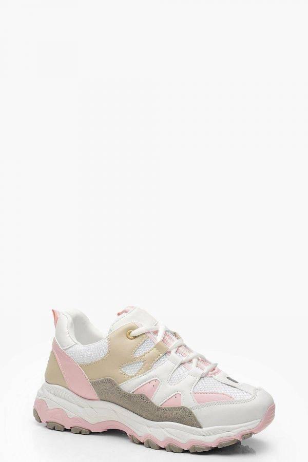 حذاء رياضي نسائي بينك