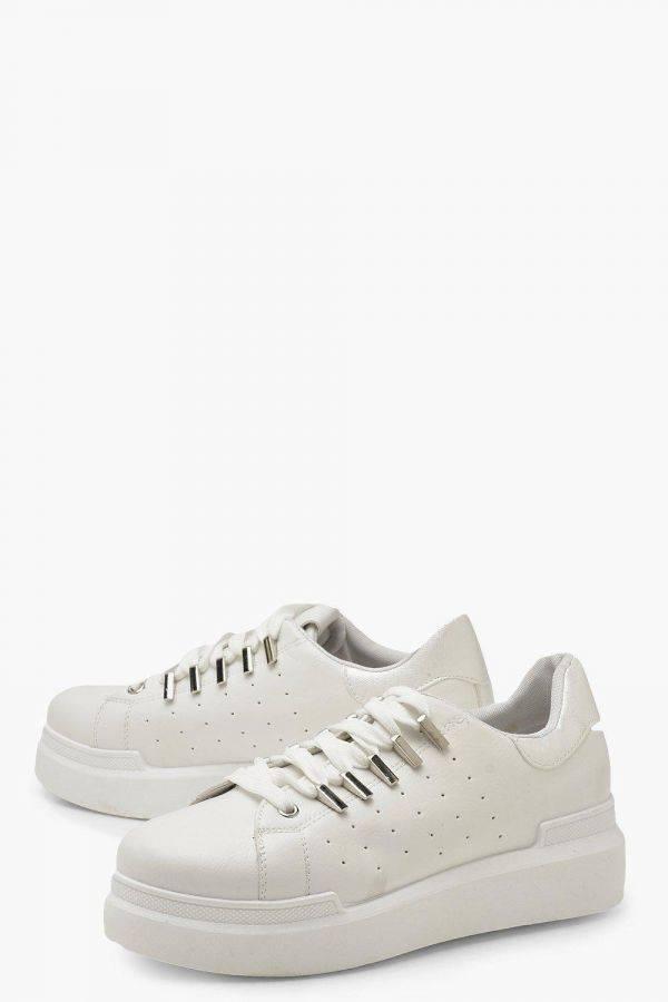 حذاء فلات ايفريداي ابيض
