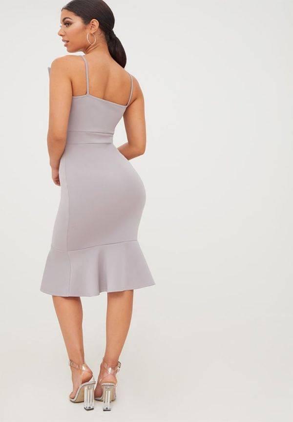 Dress up the elegant Midi of Preti