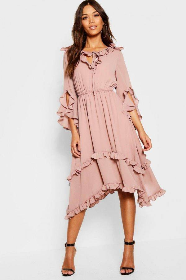 Midi dress with ruffle edges