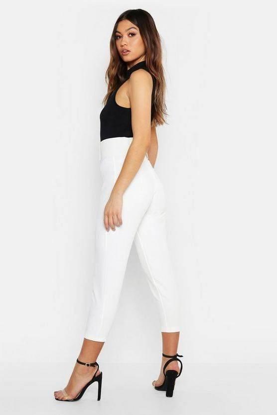 Stylish tight pants for the new season