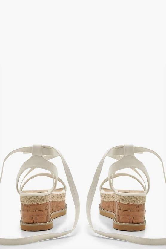 Fashionable sandal heel