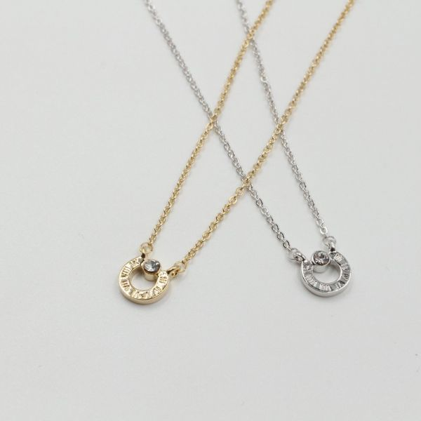 HAVAL CIRCLE CHAIN AND STONE