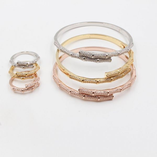 Bracelets and rings set 6 pieces