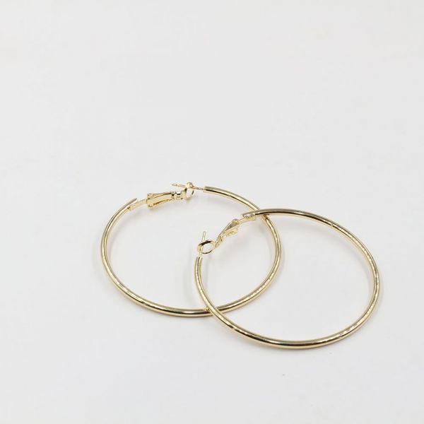 Large round mittal earring