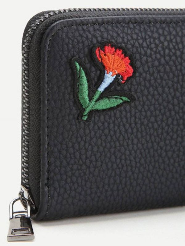 Women's purse printed with flowers